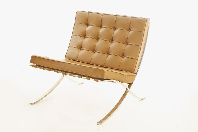 American Pair of Knoll Barcelona Chairs Tan Leather 1960s Mies van der Rohe For Sale
