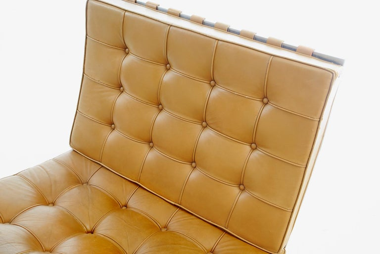 Pair of Knoll Barcelona Chairs Tan Leather 1960s Mies van der Rohe For Sale 3