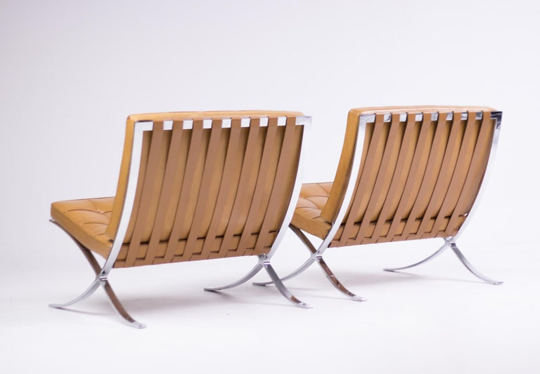 Pair of Knoll Cognac Leather Mies van der Rohe Split Frame Barcelona Chairs For Sale 4