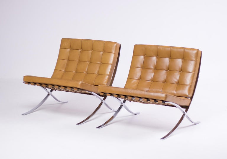 American Pair of Knoll Cognac Leather Mies van der Rohe Split Frame Barcelona Chairs For Sale