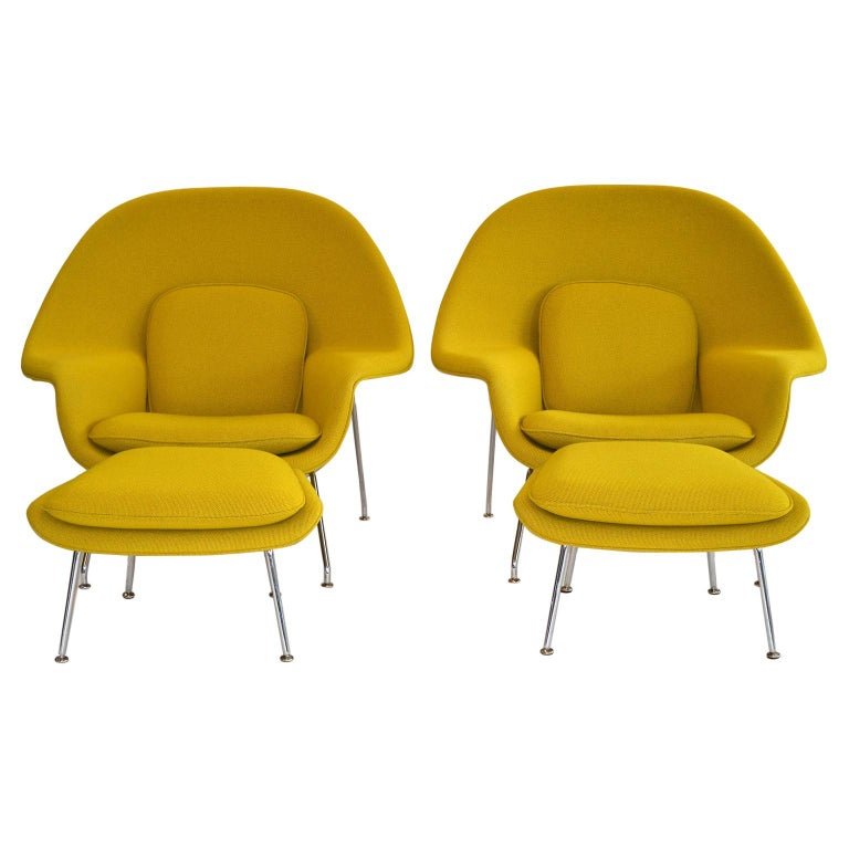 Pair of Knoll Eero Saarinen Womb Chairs and Ottomans Mid Century For Sale
