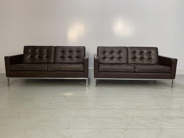 """Pair of Knoll Studio """"Florence Knoll"""" settee sofas in """"Sabrina"""" mahogany brown leather  On offer on this occasion is a rare, original identical pair of """"Florence Knoll"""" settee sofas from the world renown furniture house of Knoll Studio, dressed in"""