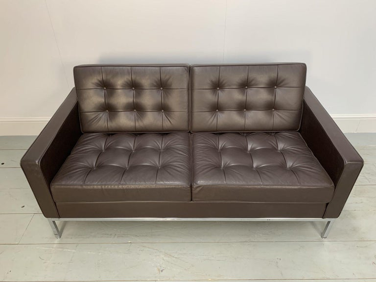 """Pair of Knoll Studio """"Florence Knoll"""" Settee Sofas in """"Sabrina"""" Brown Leather For Sale 2"""
