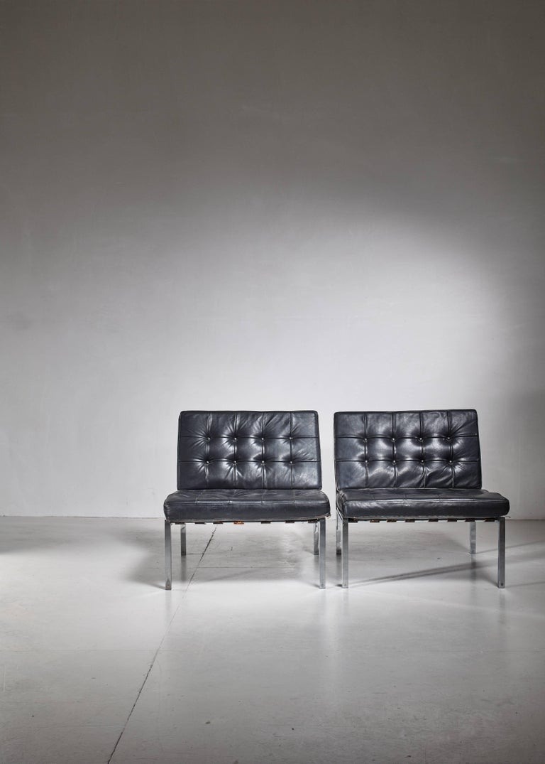 Mid-Century Modern Pair of Kurt Thut Side Chairs with Black Leather Tufted Cushions For Sale
