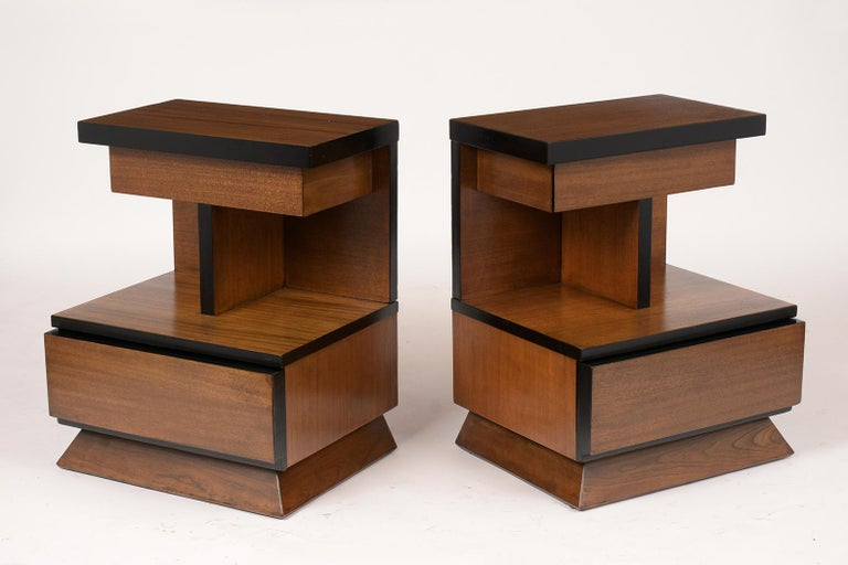 American Pair of Lacquered Mid-Century Modern Style Nightstands For Sale