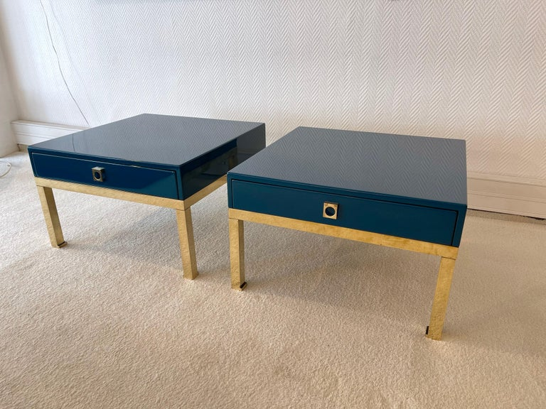 Pair of Lacquered and Brass Side Tables by Guy Lefevre, France, 1970s In Good Condition For Sale In SAINT-OUEN, FR