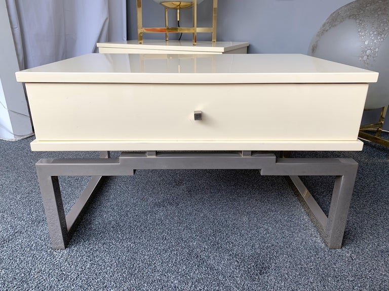 Pair of white ivory Lacquered wood side end or nightstands tables, metal Chrome by Mario Sabot. Famous manufacture like Maison Jansen, Charles, Bagues, Willy Rizzo, Guy Lefevre, Jean Claude Mahey, Romeo Rega, Hollywood Regency