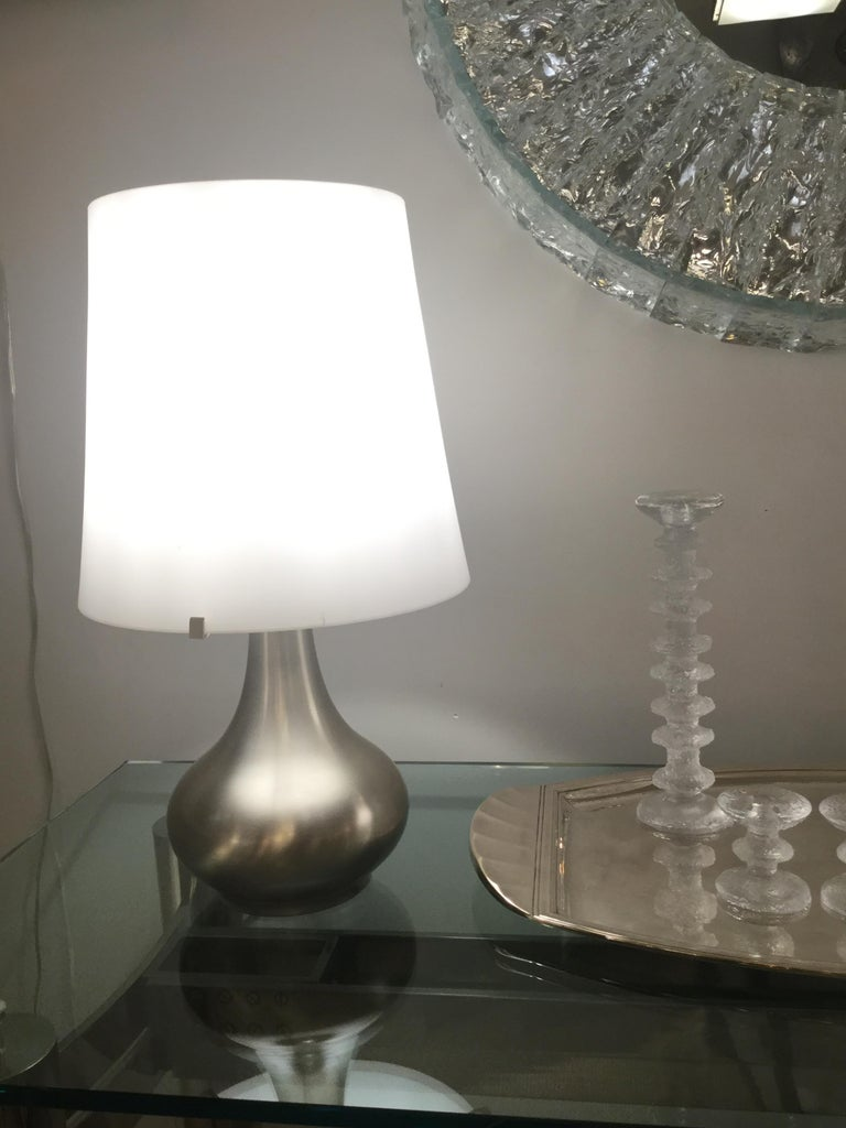 Pair of Lamps, Max Ingrand, Fontana Arte, Italy, Milan, circa 1960s In Good Condition For Sale In New York, NY