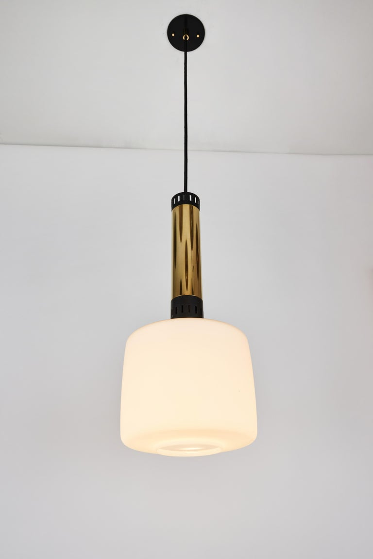 Painted Pair of Large 1950s Stilnovo Glass and Brass Pendants For Sale