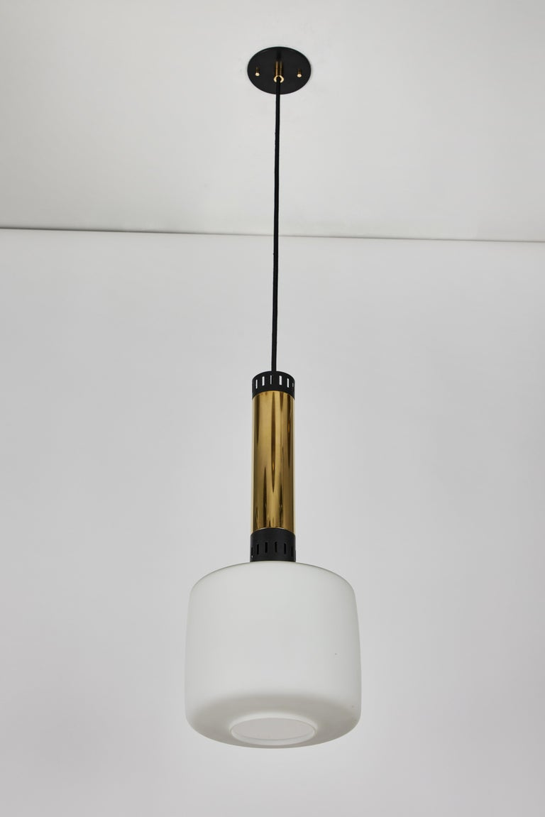 Pair of Large 1950s Stilnovo Glass and Brass Pendants For Sale 1
