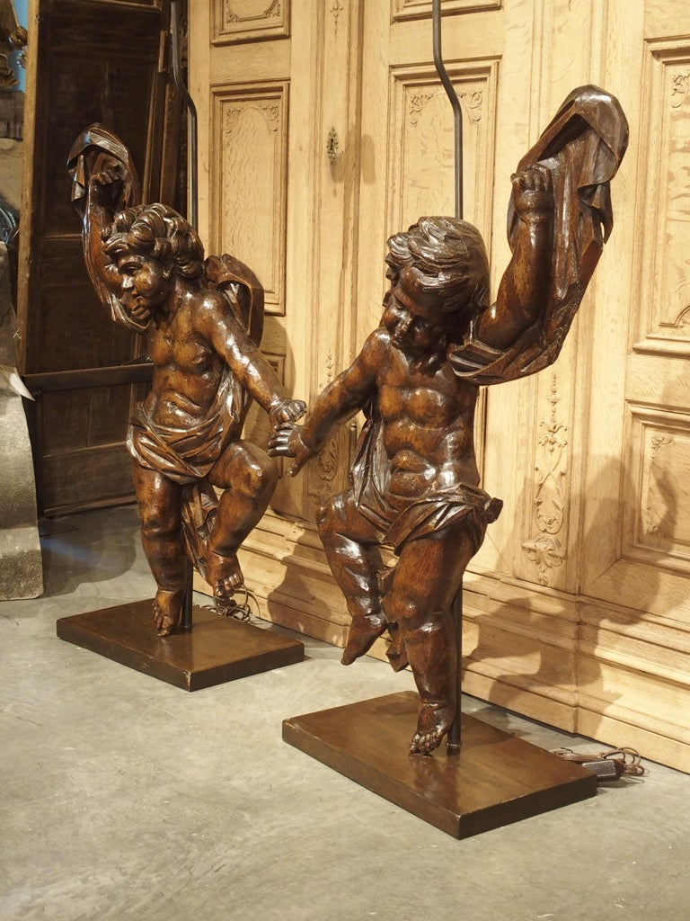 Pair of Large Antique Carved Putti Statues or Lamps from Italy, 18th Century For Sale 11