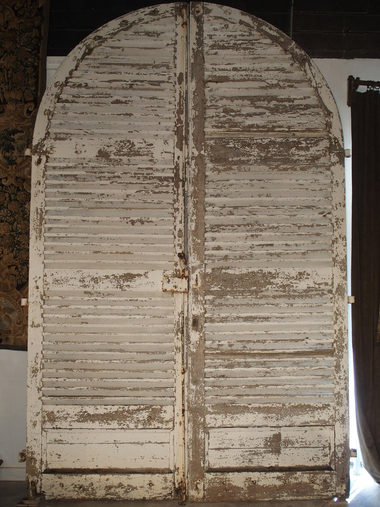 Pair of Large Antique French Door Shutters from a Chateau, 19th Century For Sale 7