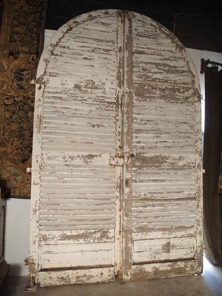 Pair of Large Antique French Door Shutters from a Chateau, 19th Century For Sale 3