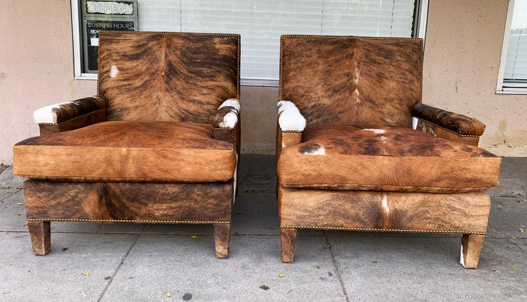 Pair of Large Armchairs Upholstered in Cowhide Leather For Sale 7