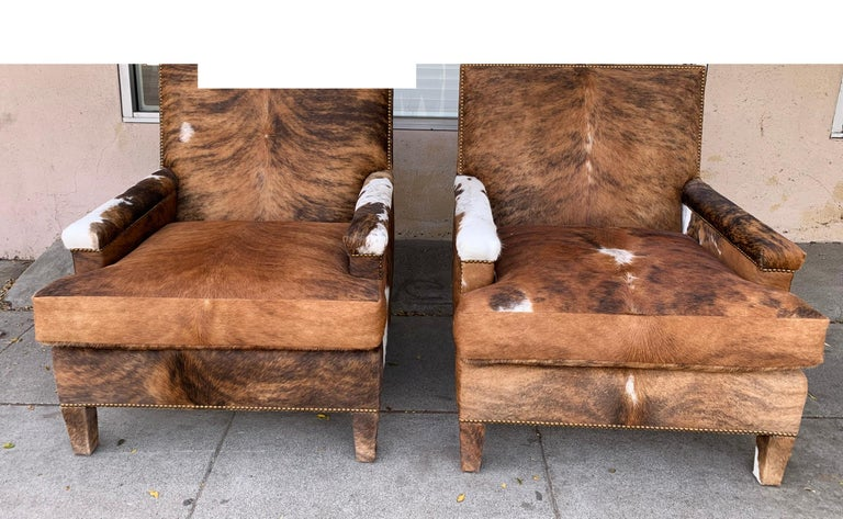 Pair of Large Armchairs Upholstered in Cowhide Leather For Sale 8