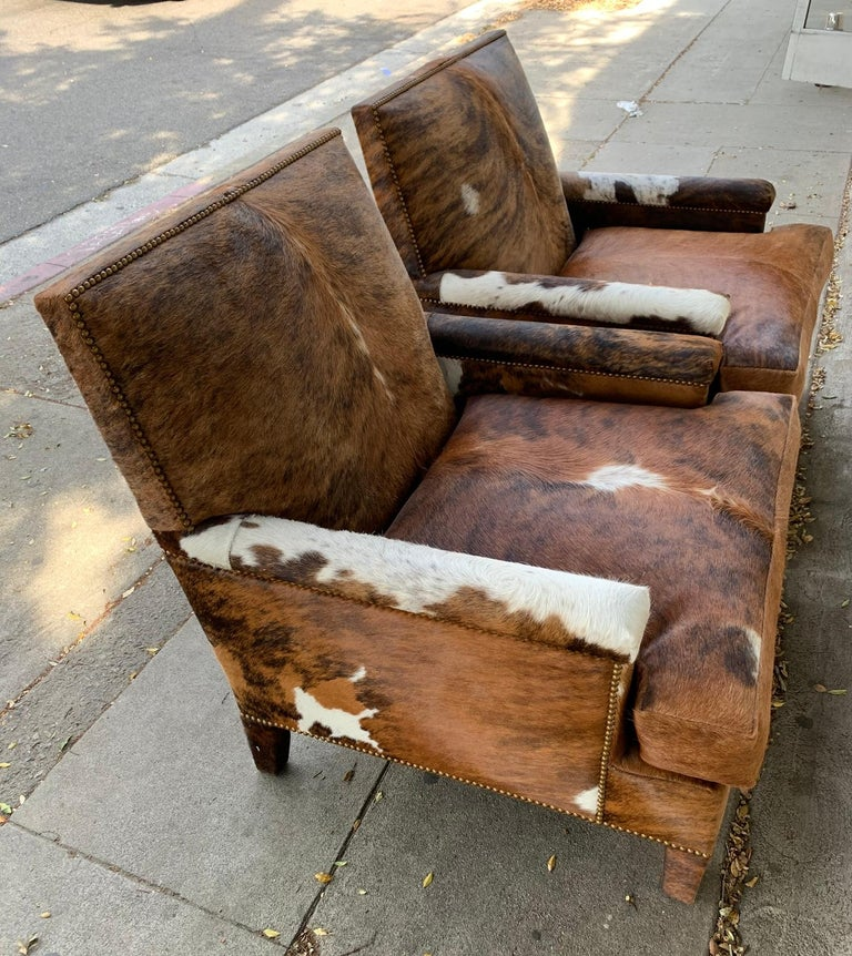 Pair of Large Armchairs Upholstered in Cowhide Leather For Sale 3