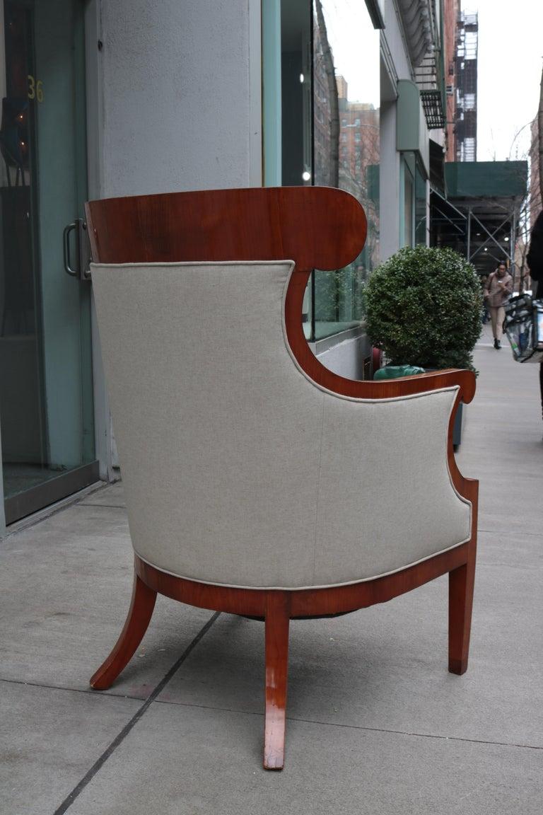 Walnut Pair of Large Biedermeier Armchairs For Sale