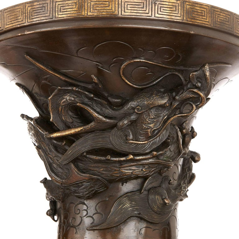 Pair of Large Bronze Vases, Japan 19th Century In Excellent Condition For Sale In London, GB