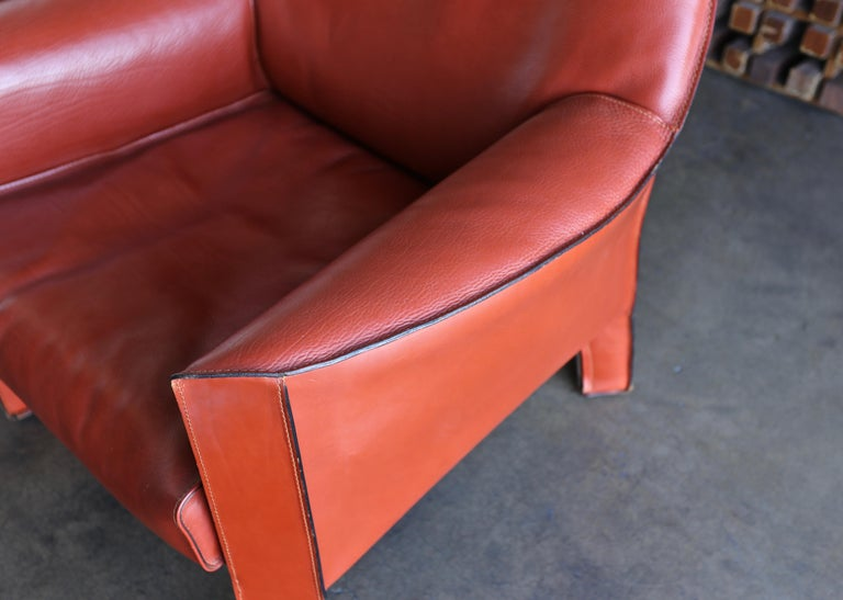 Leather Pair of Large CAB Lounge Chairs by Mario Bellini for Cassina For Sale