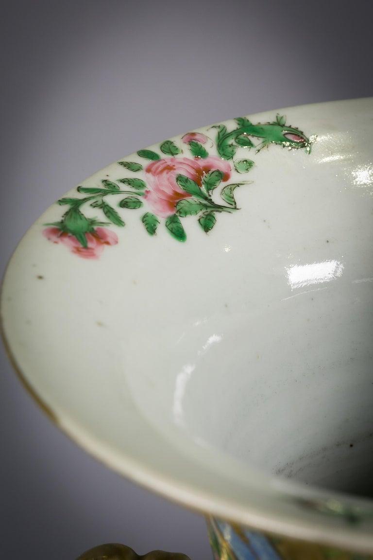 Pair of large Chinese porcelain rose mandarin vases, circa 1840.