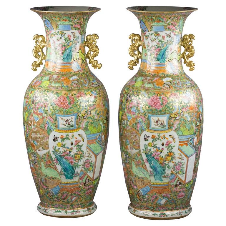 Pair of Large Chinese Porcelain Rose Mandarin Vases, circa 1840 For Sale