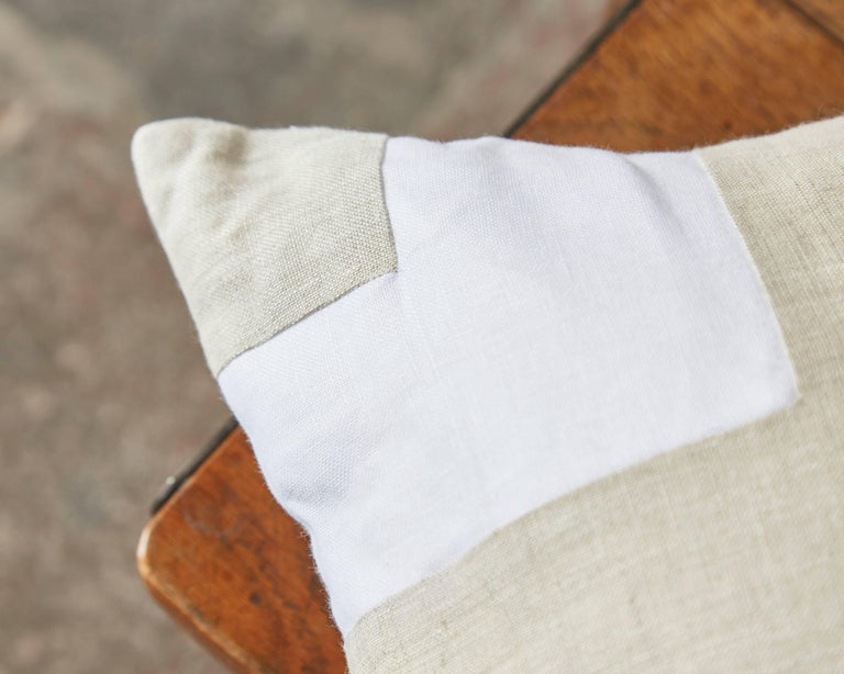 Mid-Century Modern Pair of Large Contemporary Irish Linen Pillows Cushions White Natural Patchwork For Sale