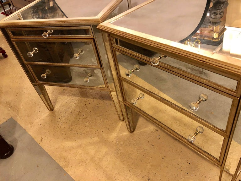 Pair of Large Custom Three-Drawer Antique Mirrored Nightstands or Commodes For Sale 9
