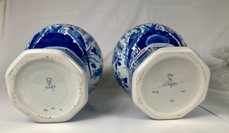 Pair of Large Dutch Delft Blue and White Jars For Sale 2