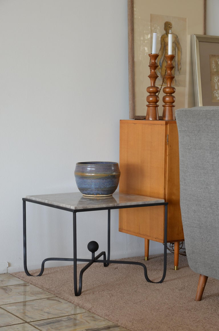 Pair of Large 'Entretoise' Silver Travertine Side Tables by Design Frères For Sale 1