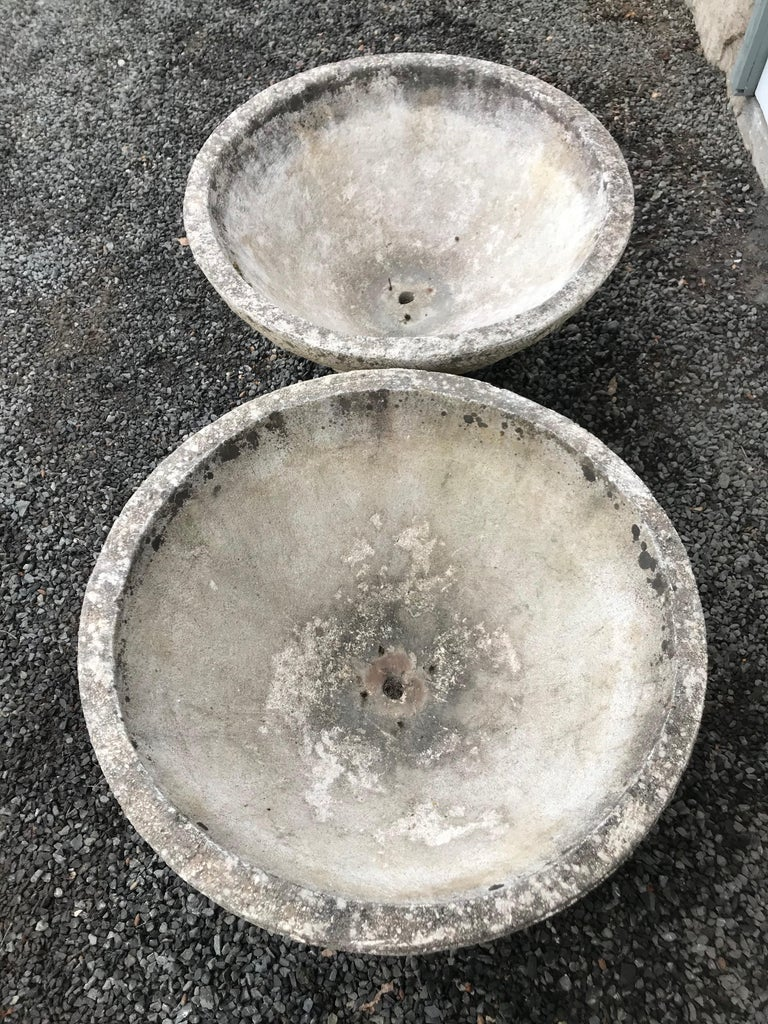 20th Century Pair of Large French Cast Stone Bowl Planters on Integral Feet #2 For Sale