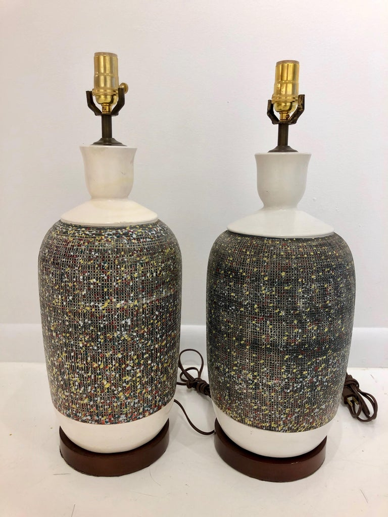Pair of Large Italian Pottery Lamps In Good Condition For Sale In Hudson, NY