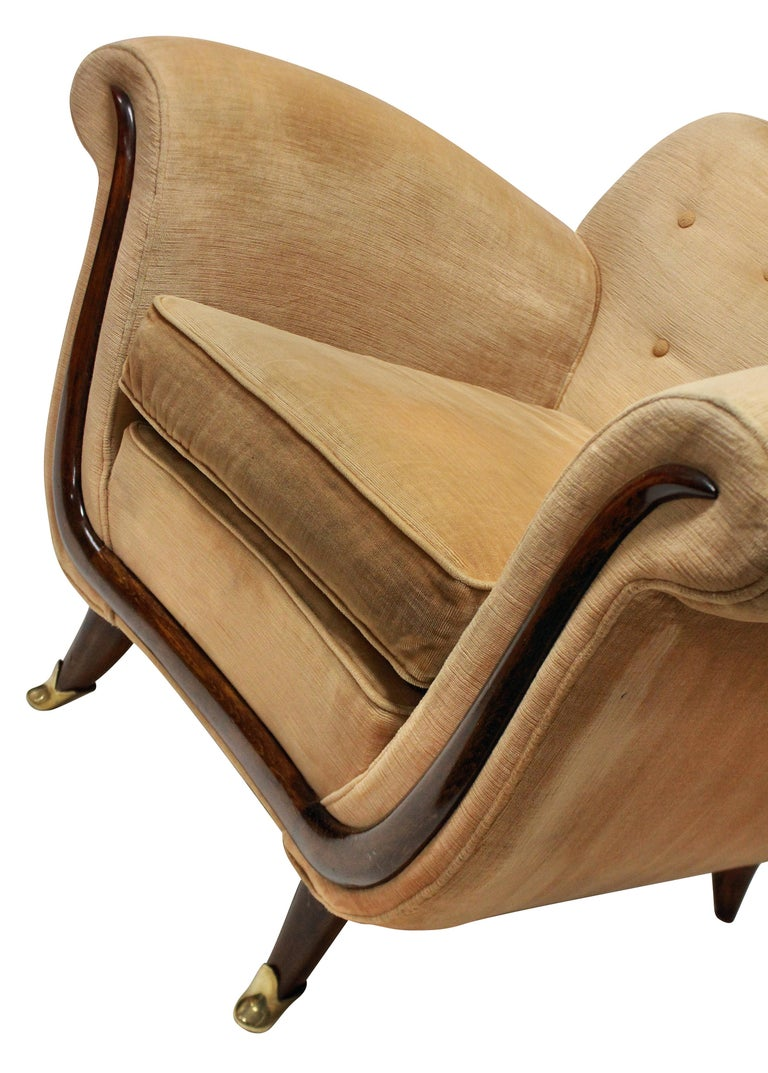 Mid-Century Modern Pair of Large Lounge Chairs by Guglielmo Ulrich