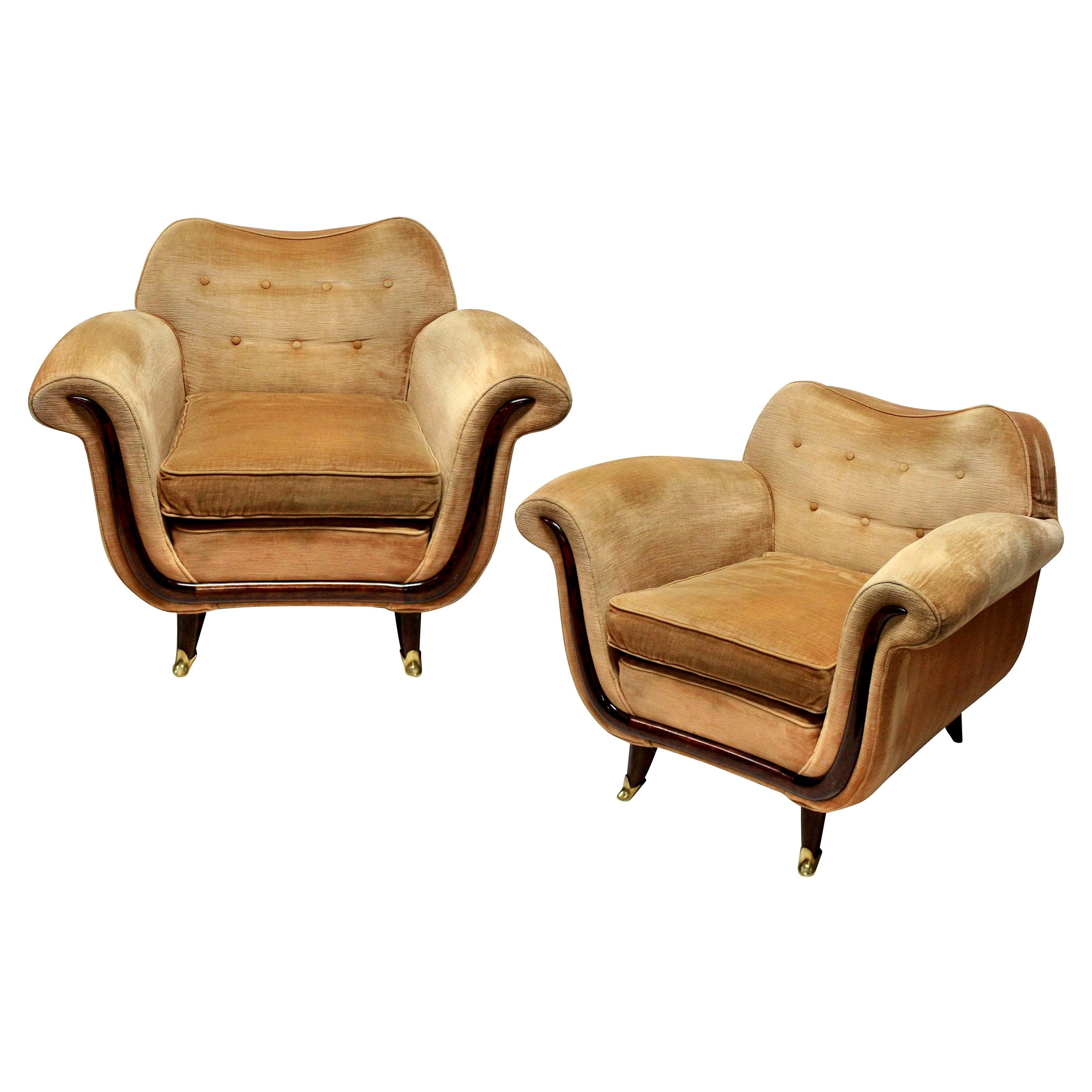Pair of Large Lounge Chairs by Guglielmo Ulrich