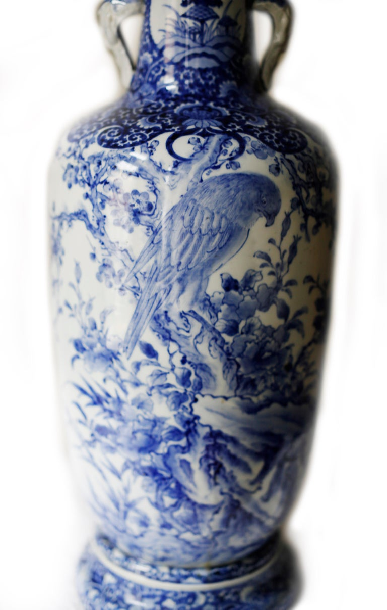 Pair of Large Meiji Period Blue and White Porcelain Vases For Sale 1