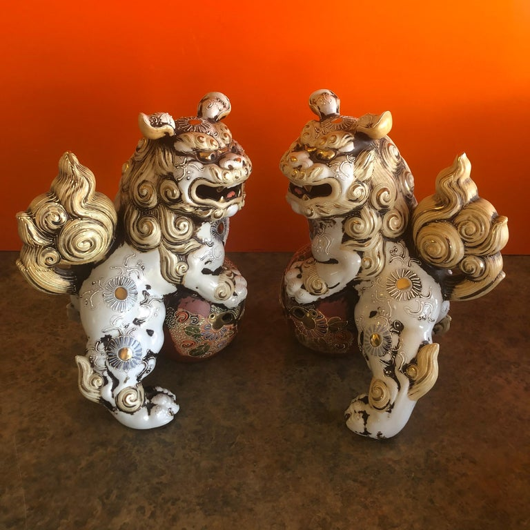 Pair of Large Midcentury Chinese Ceramic Foo Dogs In Good Condition For Sale In San Diego, CA