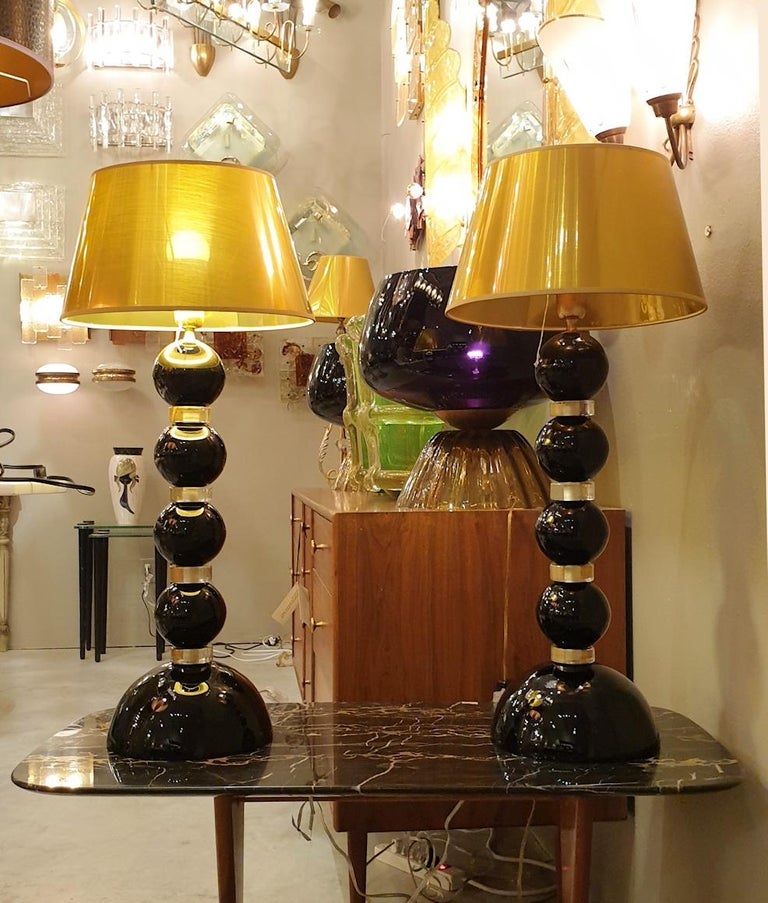 Pair of Large Mid-Century Modern Black and Gold Murano Glass Table Lamps, 1970s For Sale 2