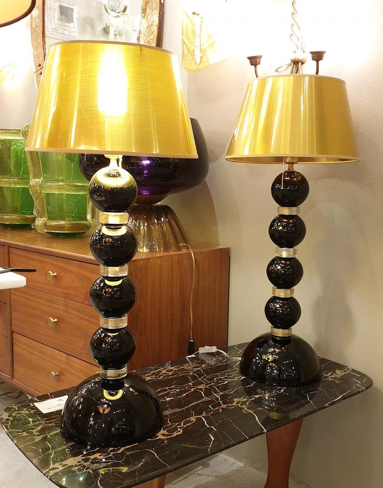 Pair of Large Mid-Century Modern Black and Gold Murano Glass Table Lamps, 1970s For Sale 3