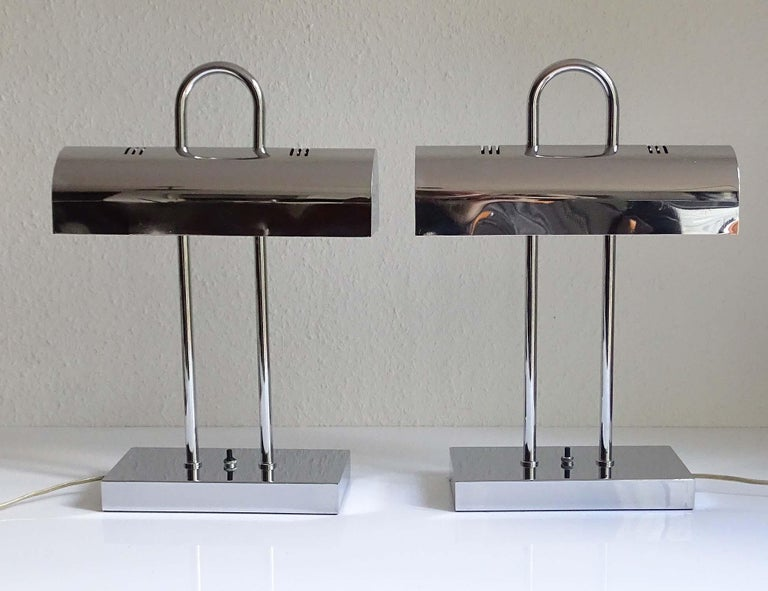 Japanese Pair of Large Mid-Century Modernist Yamada Shomei Desk Table Lamps Lights For Sale