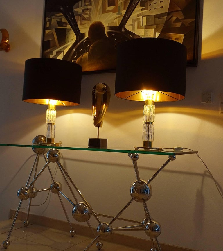 Pair of MidCentuy Modern Kalmar  Glass Table Lamps with Brass Fittings For Sale 1