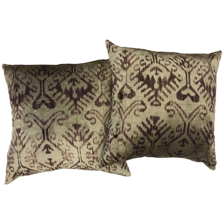 Pair of Large Purple and Gray Silk Ikat Pillows For Sale