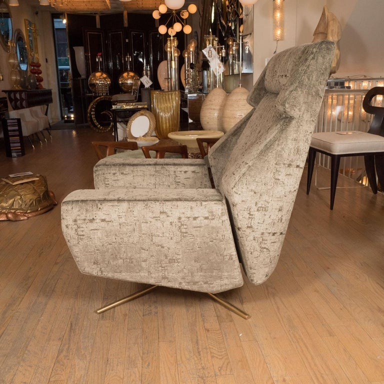 Mid-Century Modern Pair of Large Scale Upholstered Swivel Chairs For Sale