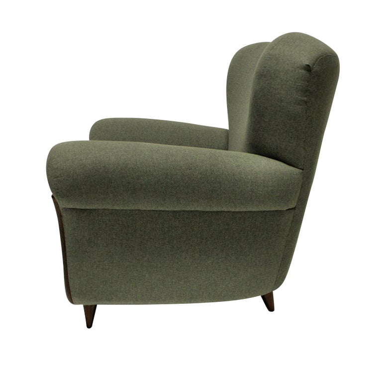 Pair of Large Sculptural Armchairs by Ulrich In Good Condition In London, GB