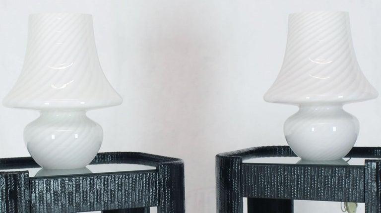 Pair of Large Vetri Swirl Milk Murano Glass Mushroom Lamps For Sale 4