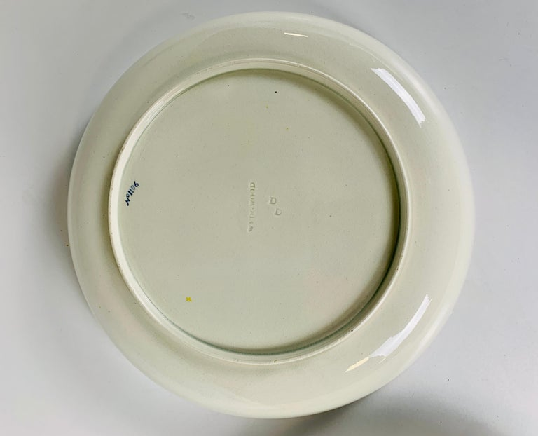Pair of Large Wedgwood Bowls Made in England, circa 1820 For Sale 2