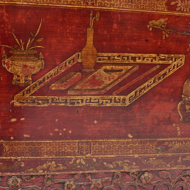 Pair of Late 18th Century Chinese Lacquered Cabinets with Original Decorations For Sale 8