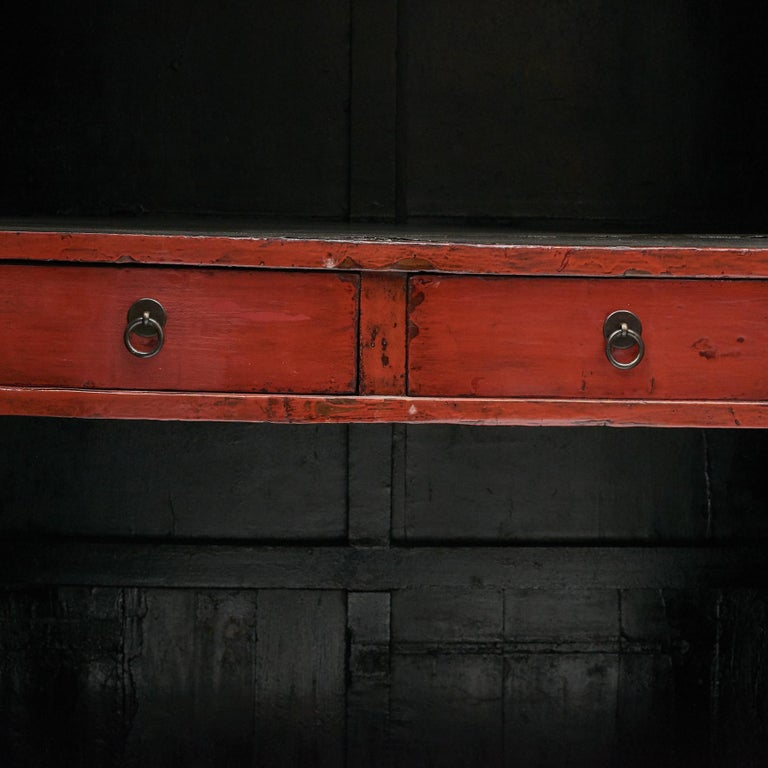 Pair of Late 18th Century Chinese Lacquered Cabinets with Original Decorations For Sale 3
