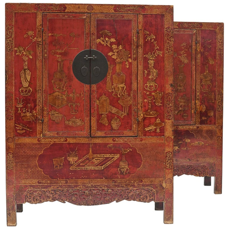 Pair of Late 18th Century Chinese Lacquered Cabinets with Original Decorations For Sale