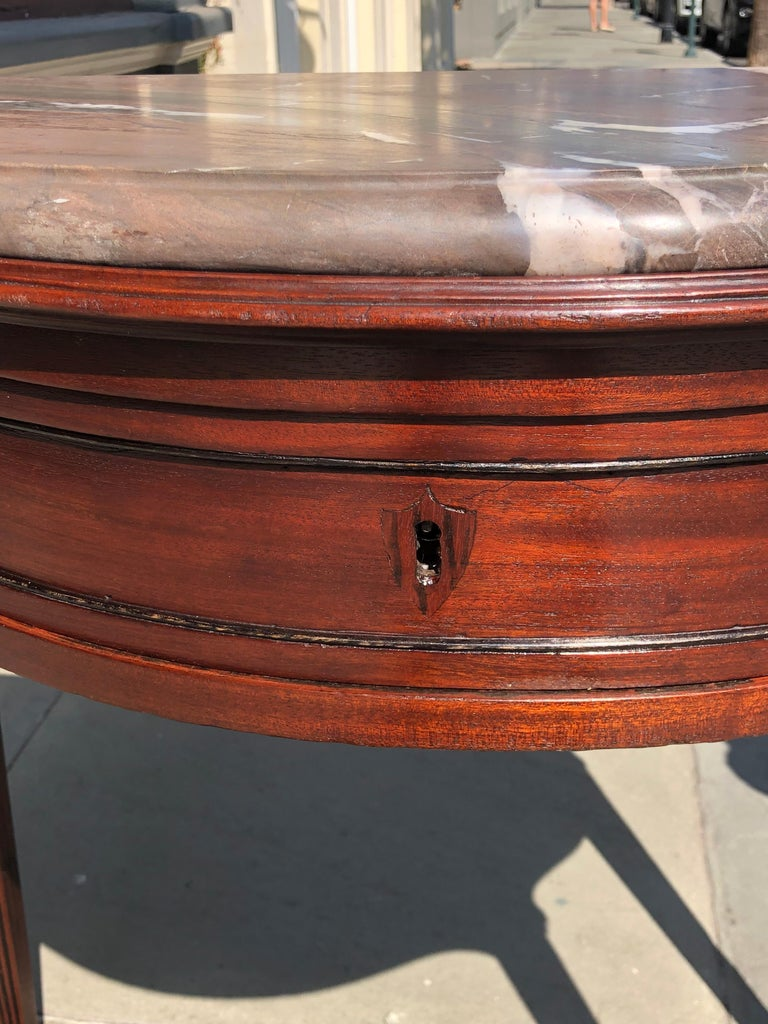 Pair of Late 18th Century Mahogany and Marble English Console Tables For Sale 1