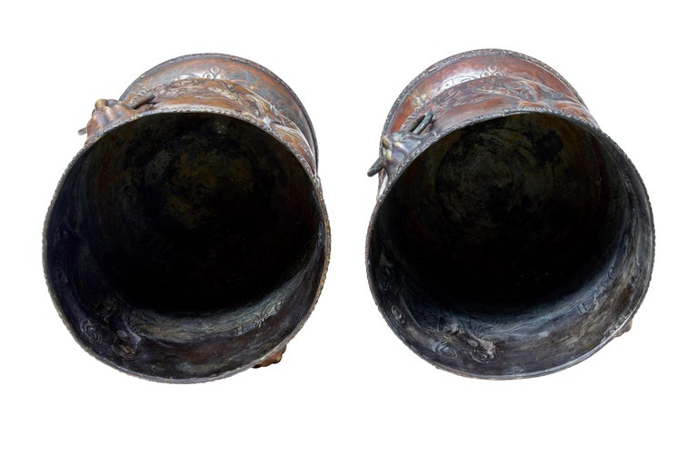 German Pair of Late 19th Century Repousse Copper Wine Coolers For Sale