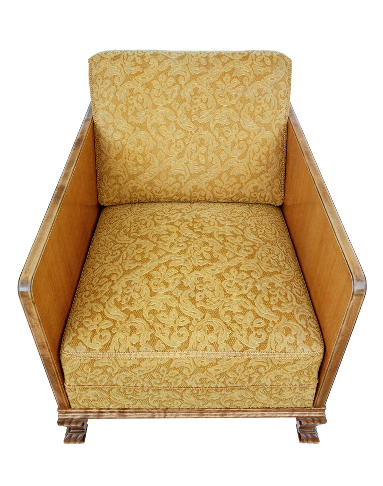 20th Century Pair of Late Art Deco Elm and Birch Club Armchairs For Sale